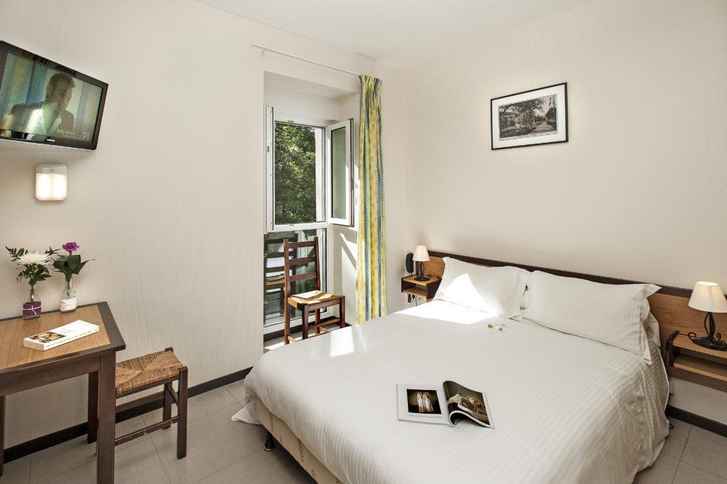 comment louer une chambre dans sa maison cool louer lgalement sur airbnb with comment louer une. Black Bedroom Furniture Sets. Home Design Ideas