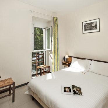 hotel-economique-lozere-les2rives