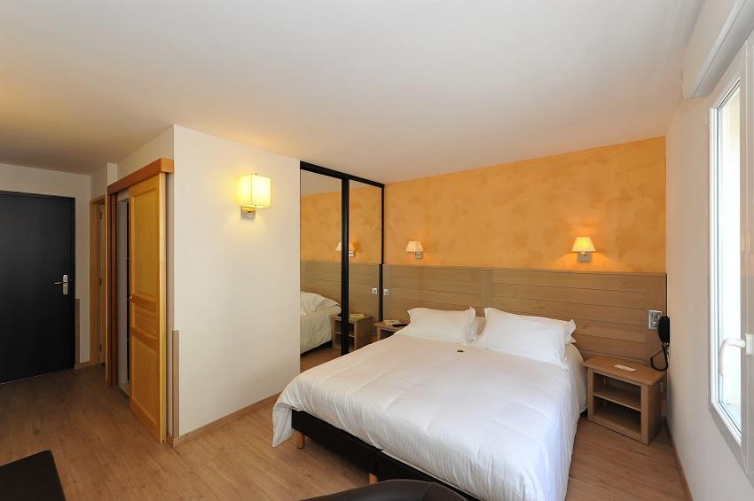 Hôtel Les 2 Rives - Séjour Golf et détente Lozère -Tourisme Lozère