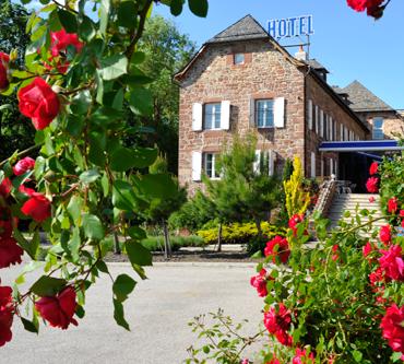 hotel-logis-lozere-lacanourgue-les2rives