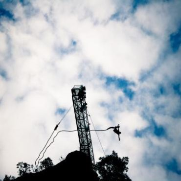le 107 - saut à l'élastique-lozère