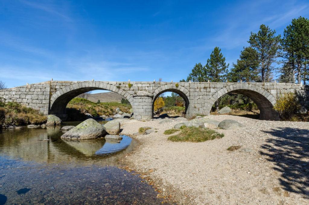 pont de mont vert sources du tarn touris